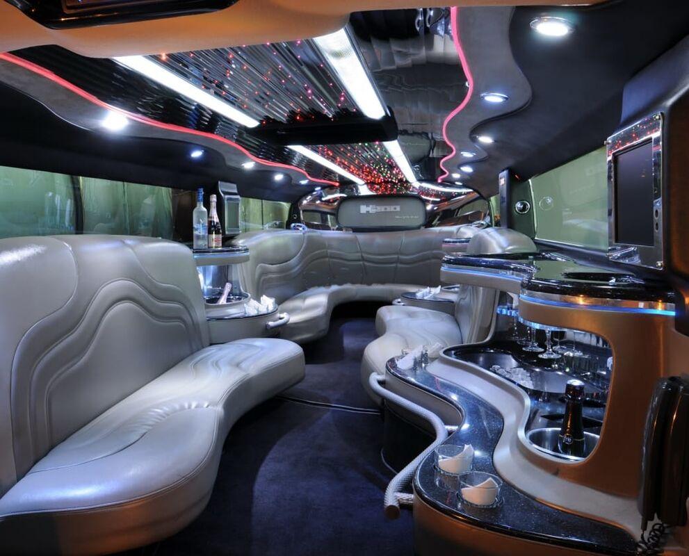 Upper Class - Limousines