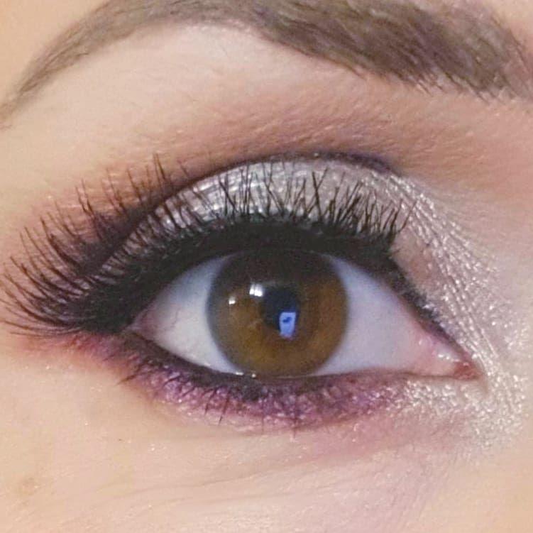 LadyBombon Makeup