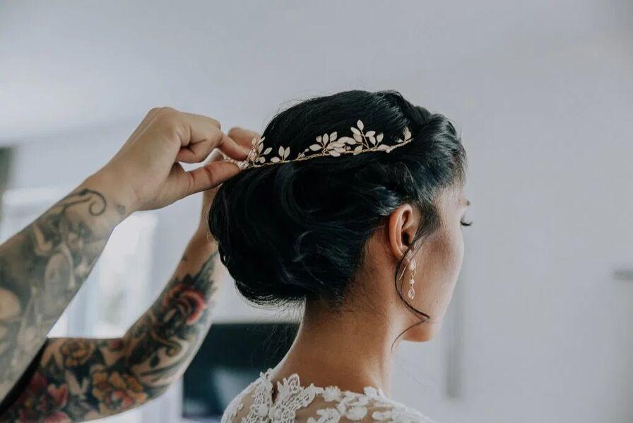 nadianora make-up & hair