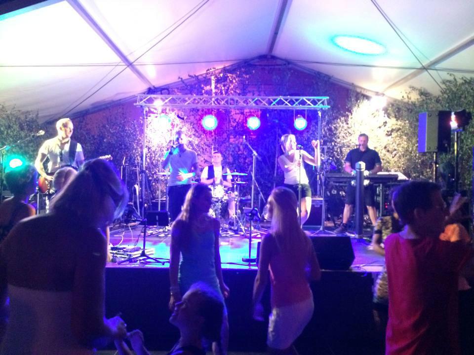 Partyband Stagebreaker
