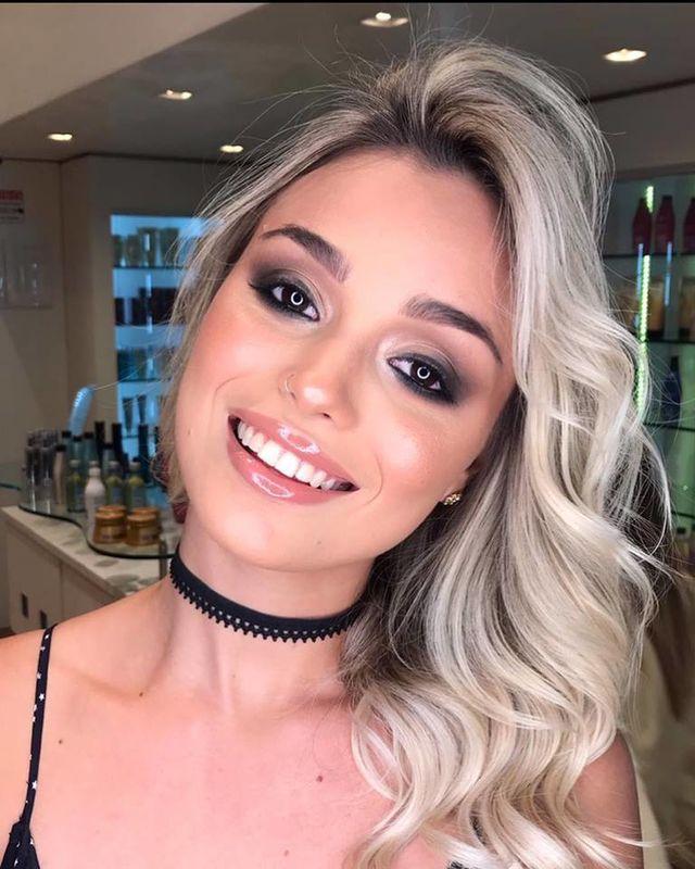 Cris Salzano Beauty Artist