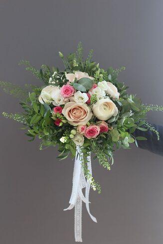M Les Fleurs