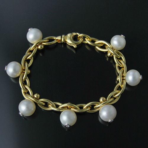 Beispiel: Armbänder, Foto: Goldschmiede Kistler.