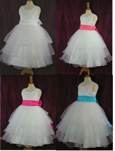 Robes ivoire ou blanche pour mariage du 2 ans au 12 ans avec ceintures de couleur à assortir aux couleurs du mariage