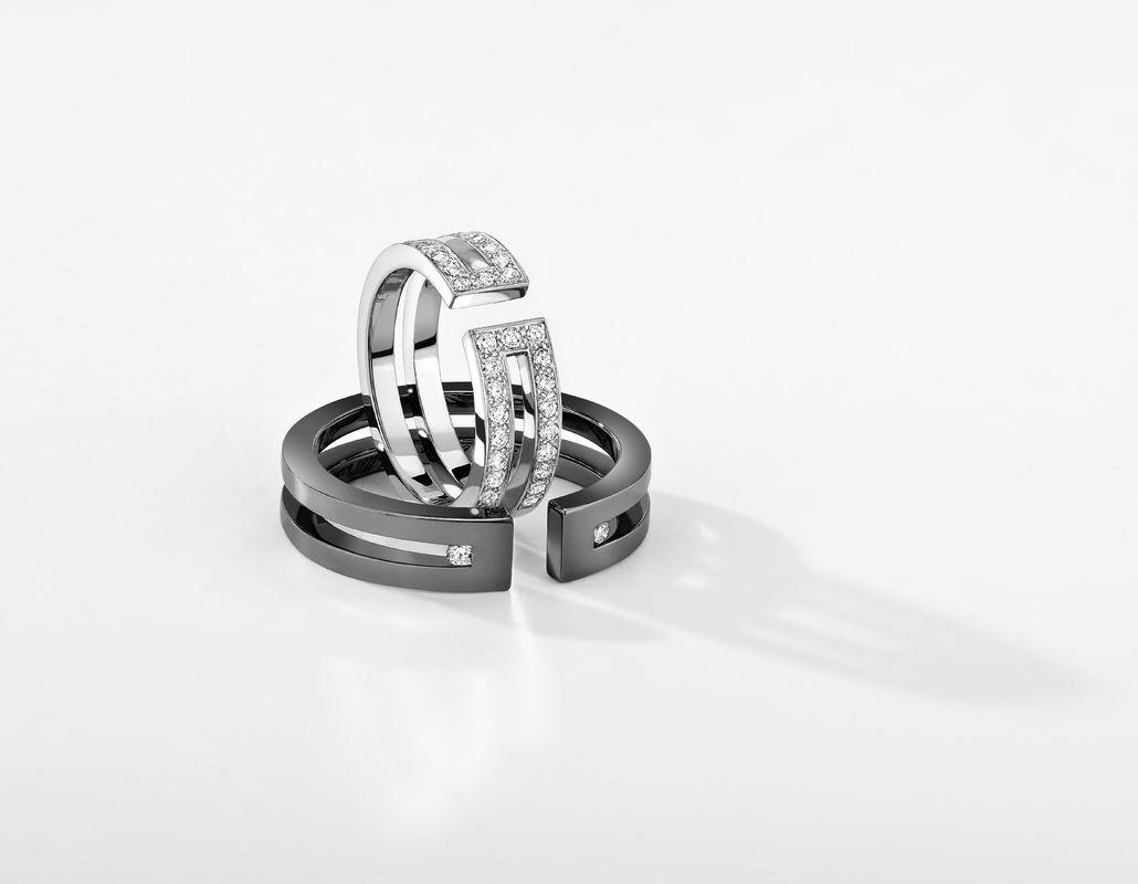 Alliance Ariane Pavée (femme) en or blanc 18cts et diamant et alliance Thésée en or noir et diamant (homme)