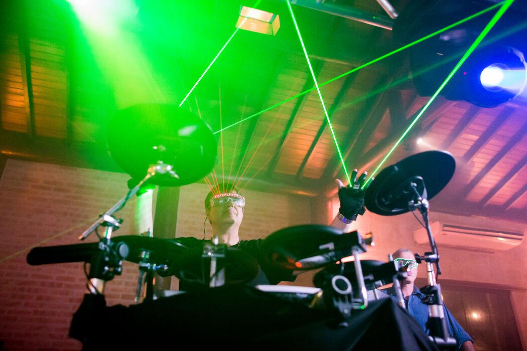 RGR - Áudio, Luz & Vídeo by DJ Ricardo Resch.  Foto:  Gabriel Valim