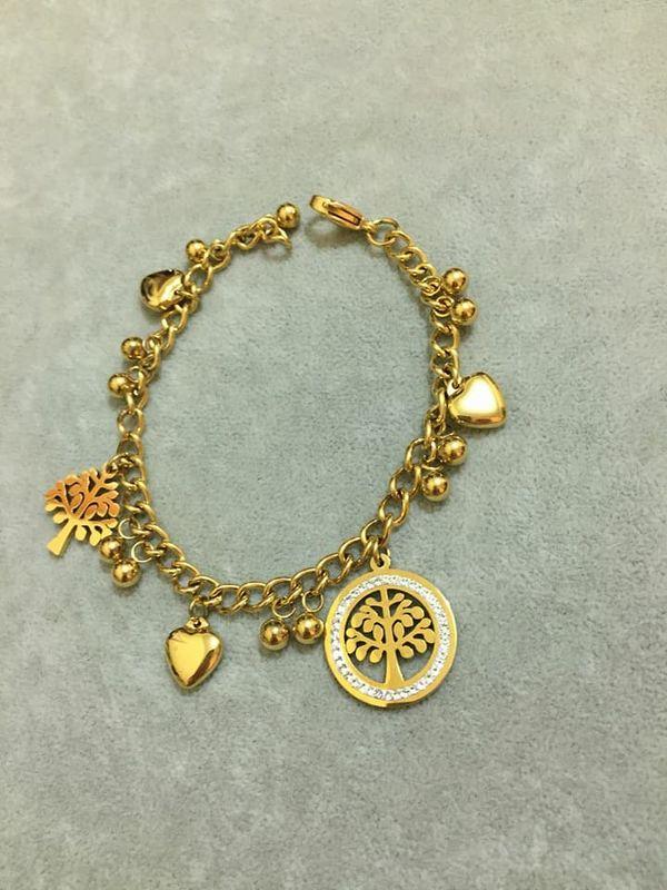 Shana León Joyas y Relojes