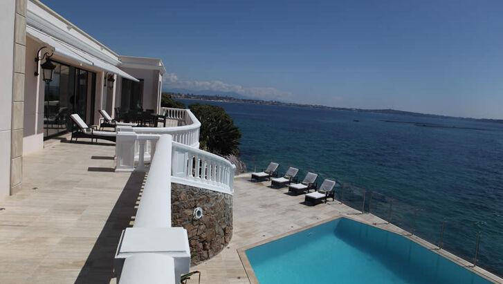 Villa SafSaf