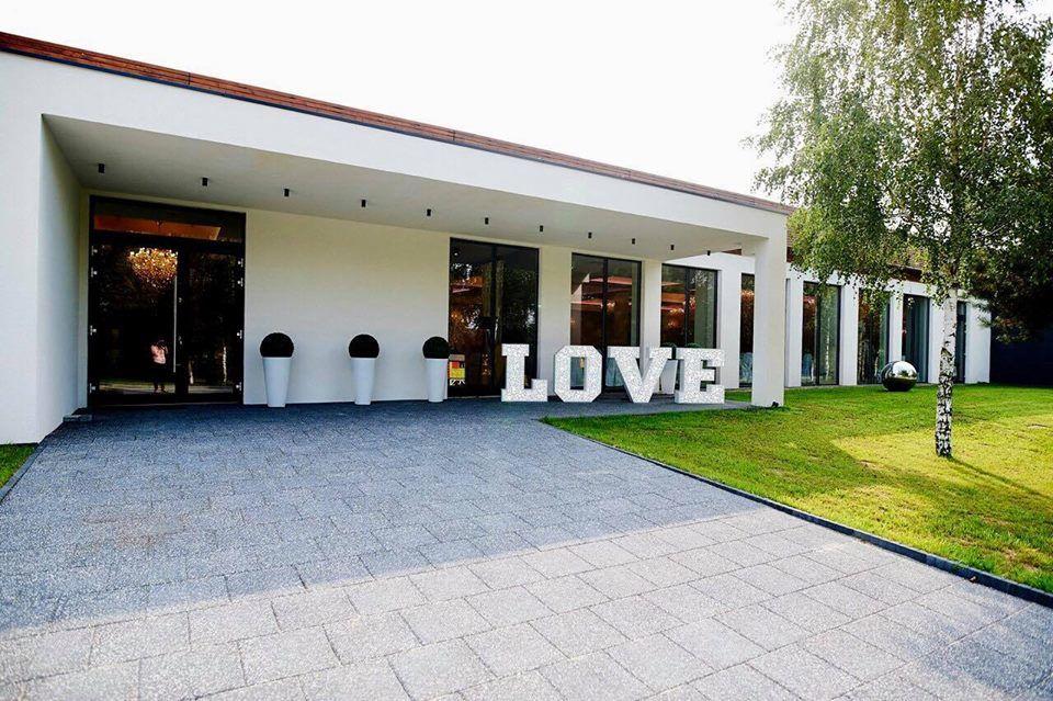 Arboretum Hotel & Restaurant