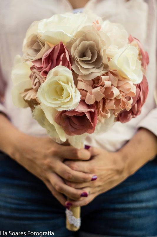 Buquê Luisa - Flores moldadas no ferro