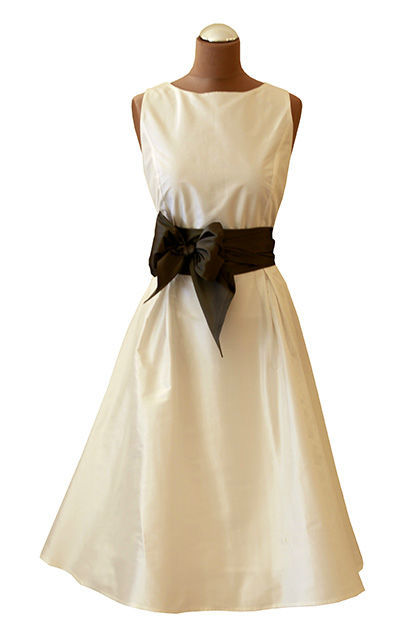 Beispiel: Unterstreichen Sie Ihre feminine Seite, Foto: Bonney & Kleid.