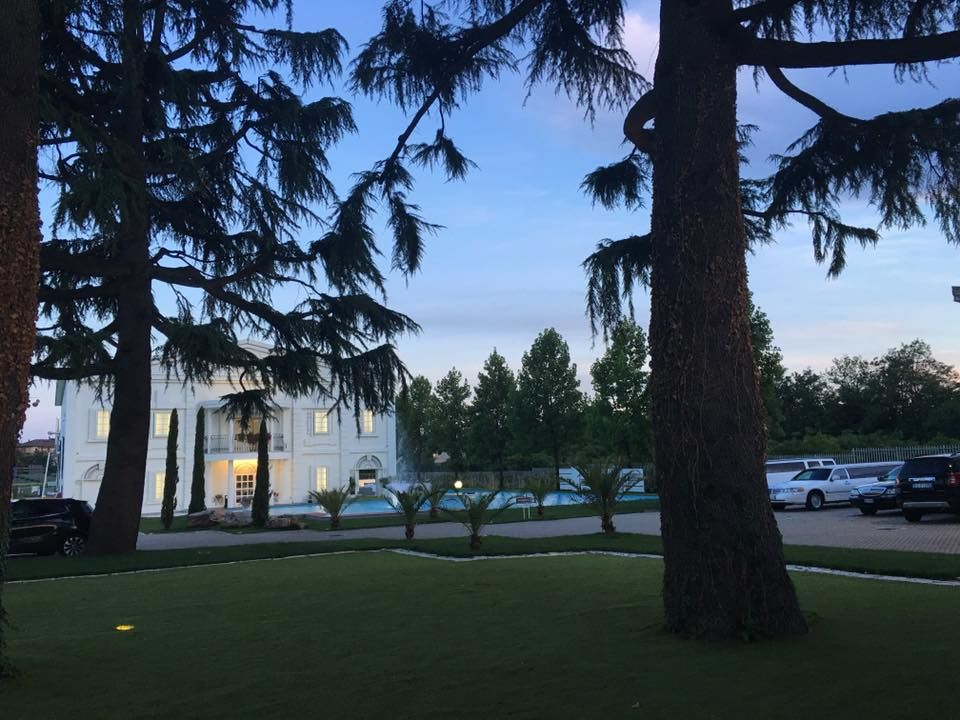 Villa per matrimonio e ricevimento a castellanza, Villa ReNoir
