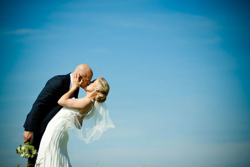 Beispiel: Brautpaar, Foto: Fotolia.com.