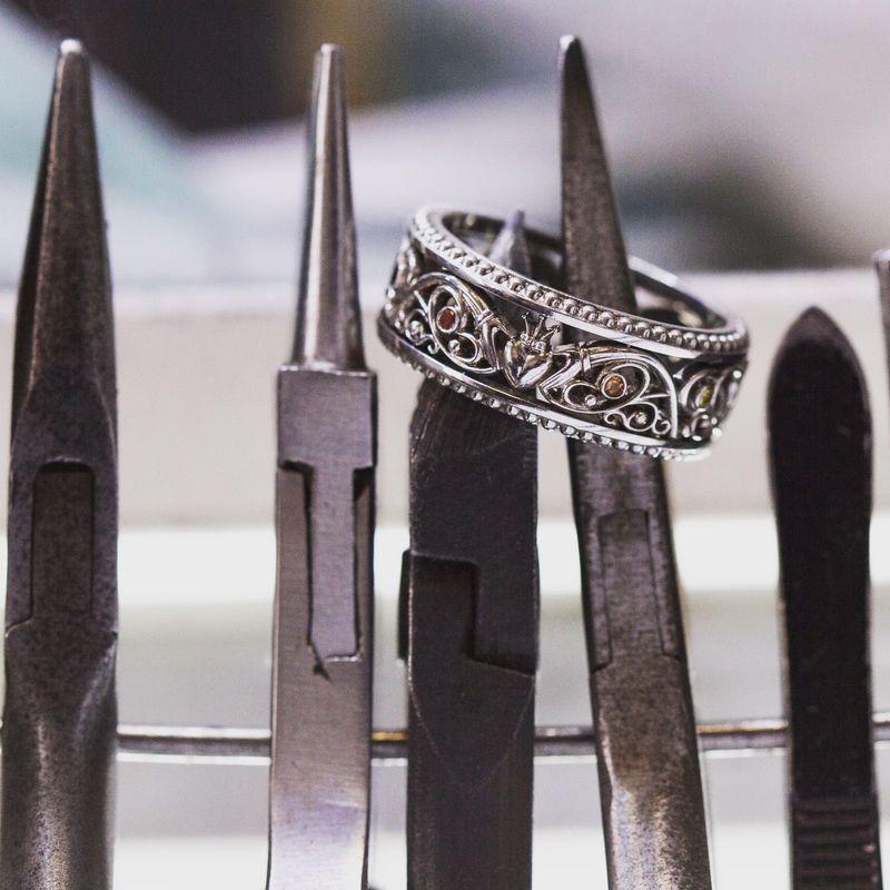 Кладдахское обручальное кольцо Стоимость изготовления кольца : 18 950р.  Для расчета стоимости или заказа звоните  8 (495) 125 25 05