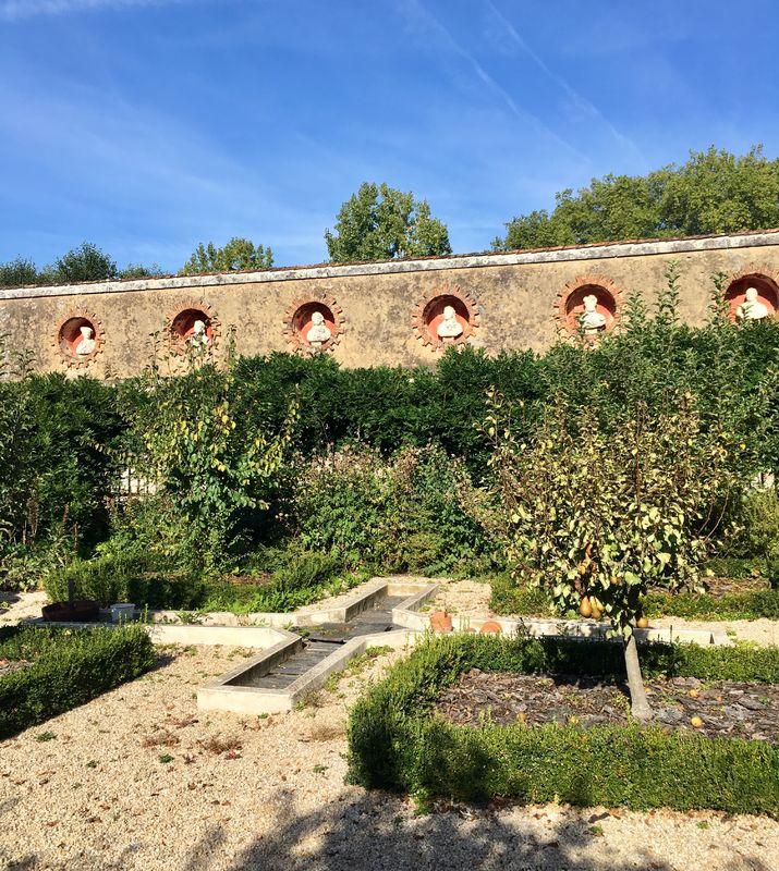 Le Pavillon du Château de l'Oiselinière