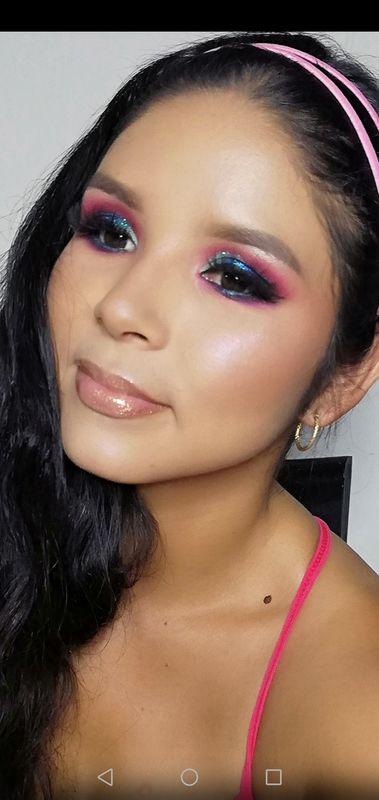Vania Makeup Artist