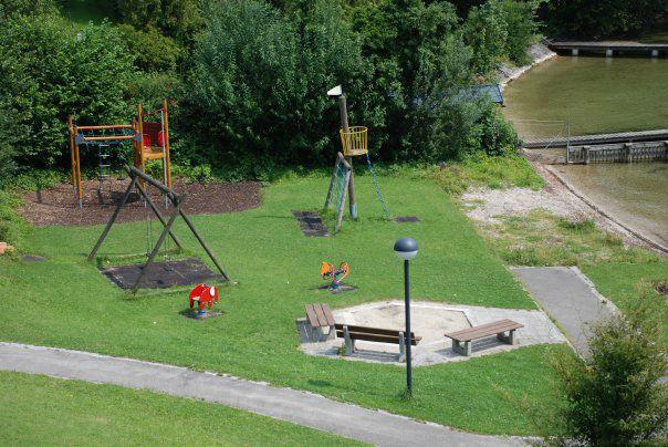 Beispiel: Spielplatz, Foto: Seecafe Restaurant Spitzvilla.