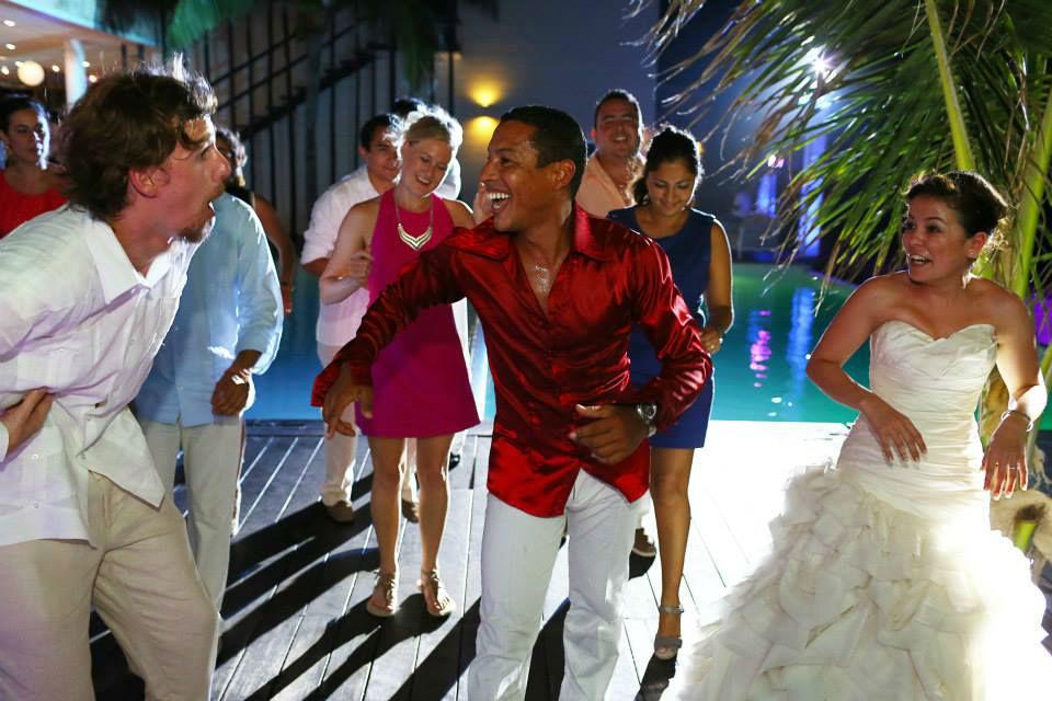 Animacion con bailerines cubanos profesionales