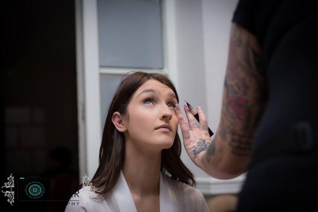 Jane Bellis Hair & Makeup