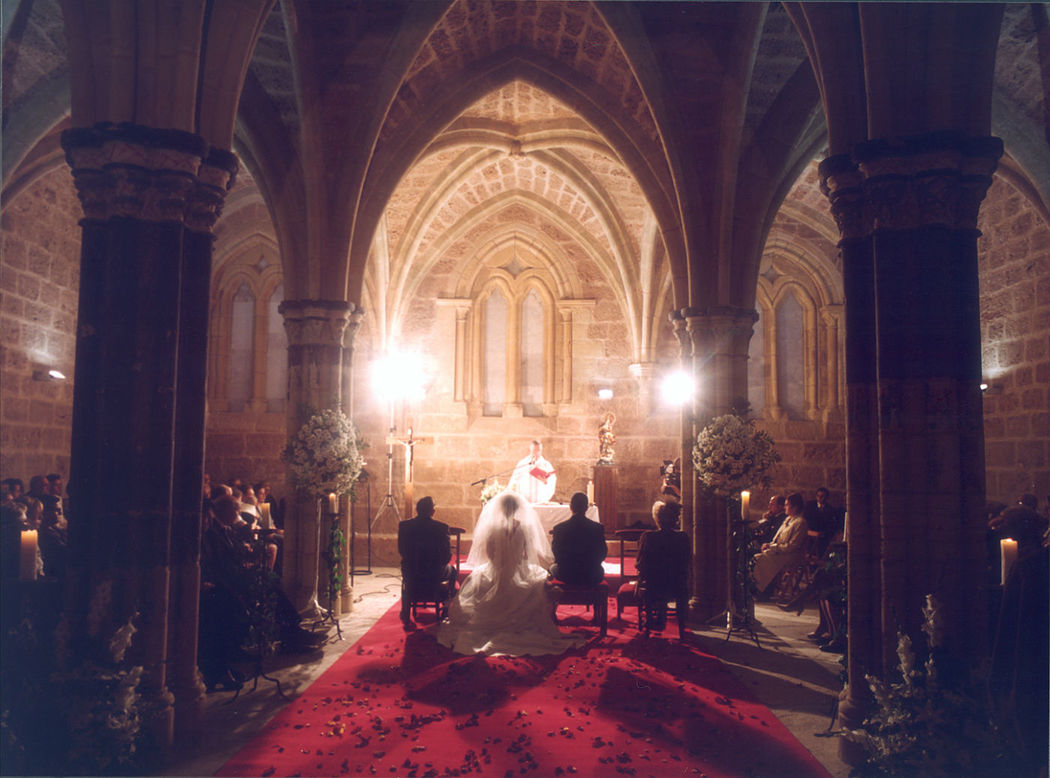 Monasterio de Piedra. Boda Religiosa en la Sala Capitular.