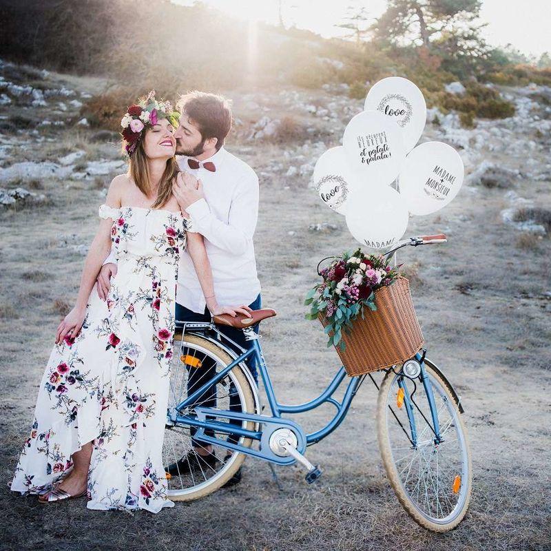 Love & Confetti