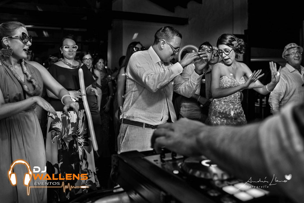 DJ Wallens