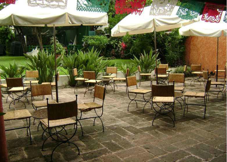 Hotel Posada Jacarandas