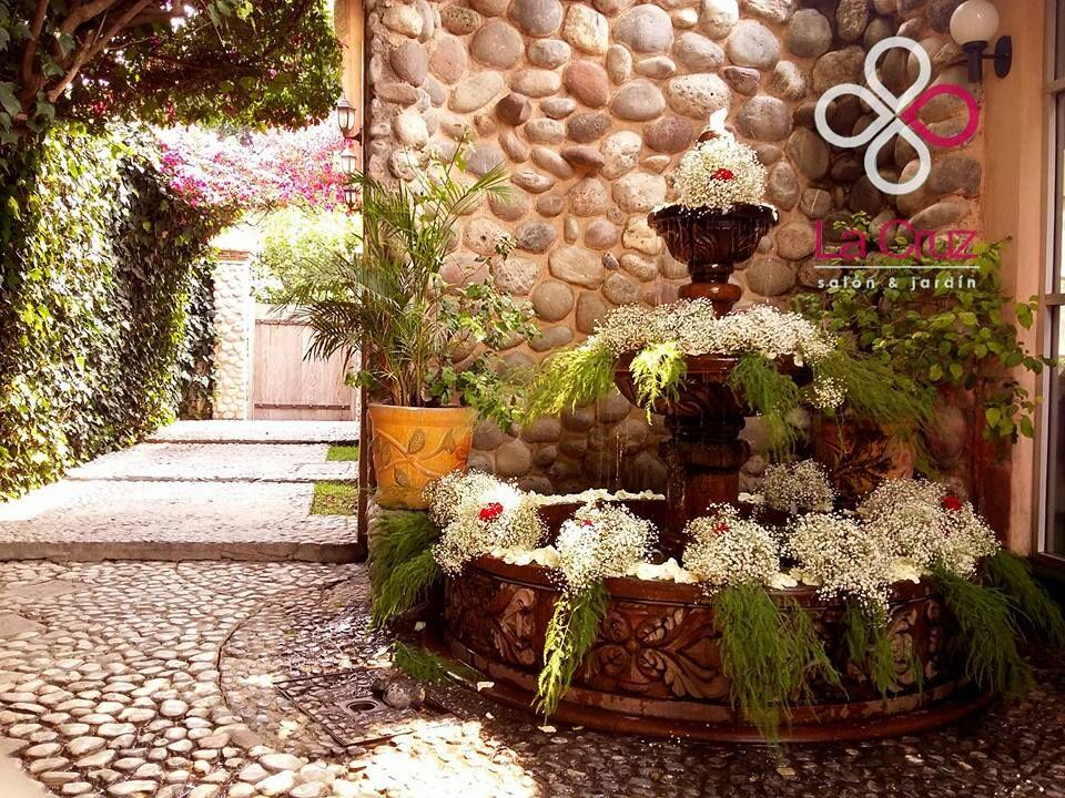 La Cruz Salón & Jardín
