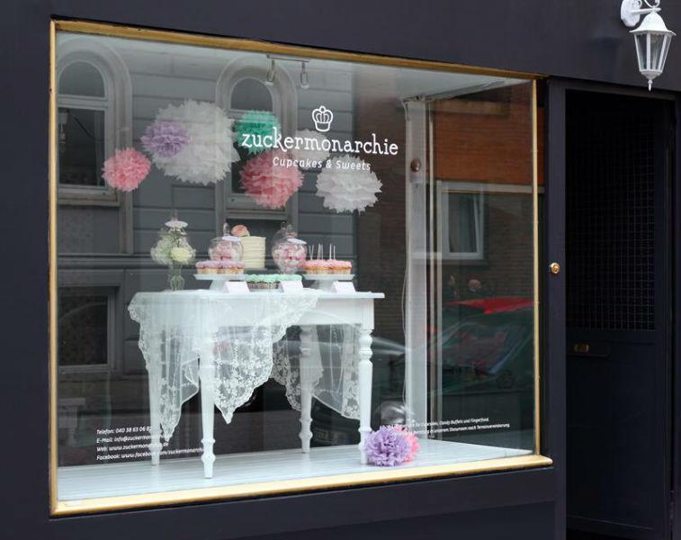 Beispiel: Schaufenster des Showrooms, Foto: Zuckermonarchie.