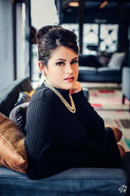 Vanessa Renner Make Up Artist