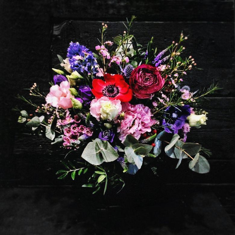 FLOWERS & DECORATIONS OLYSEN