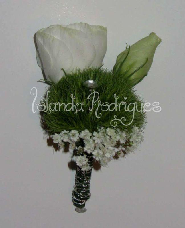 Iolanda Rodrigues - Artesanato, Arte Floral e Decoração