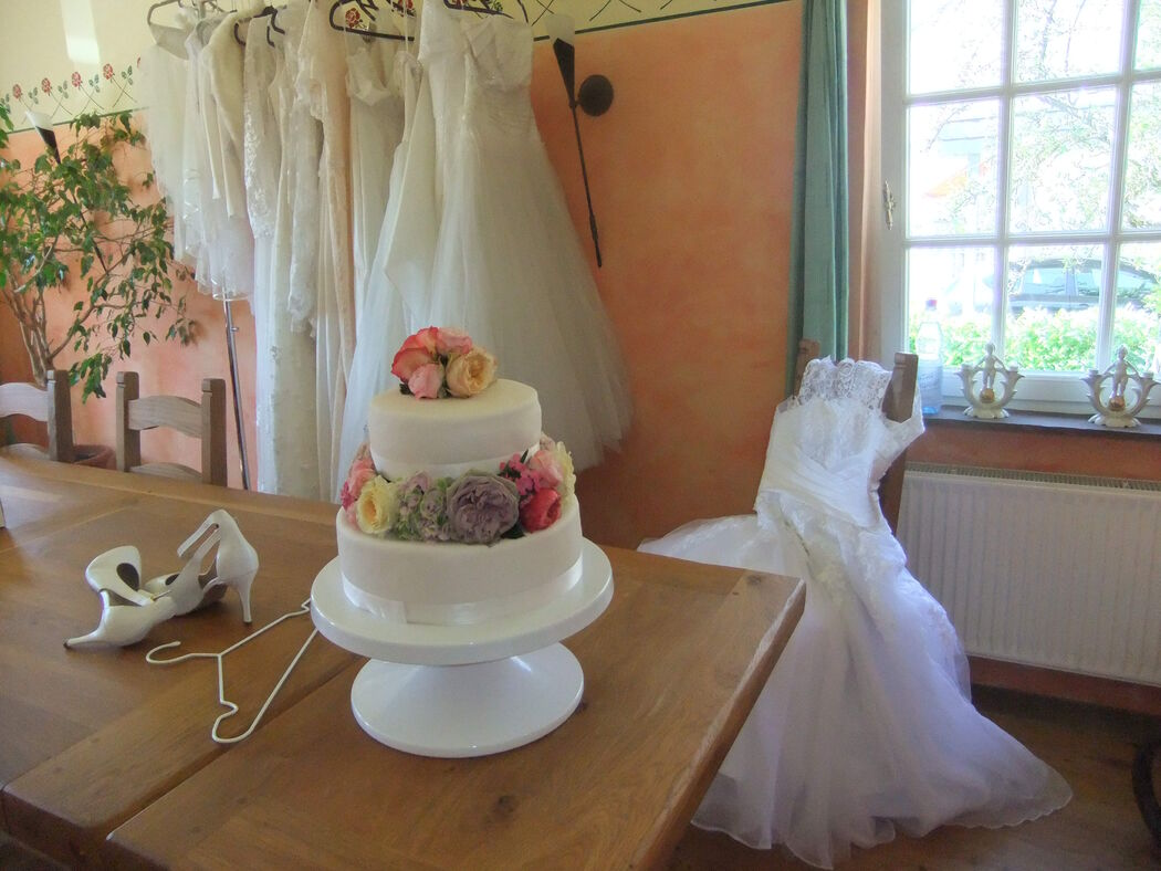 Susa's Brautgeflüster Mobiles Brautstudio