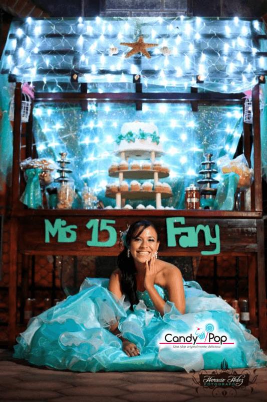 Candy Bar:     Mis 15   Inspirada en el tema marino en color azul aqua.