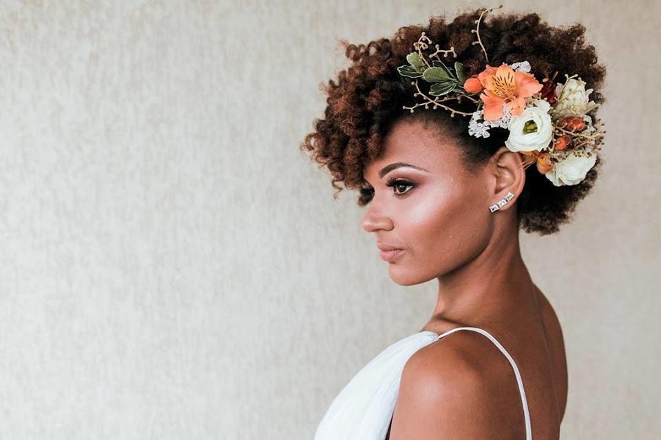 Gabriela Flores - Makeup & Hairstyle
