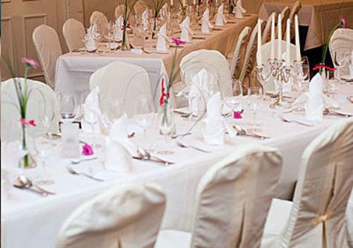 Beispiel: Tischdekoration, Prüfeninger Schlossgarten.