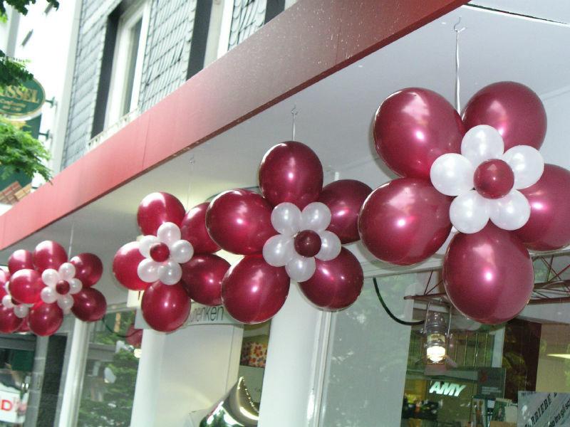 Beispiel: Ballonblumen, Foto: Ballonmeister.