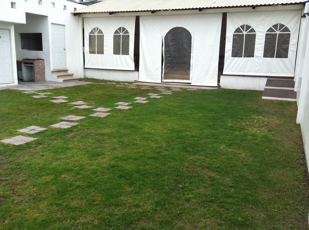 Salón Jardín Los Tulipanes