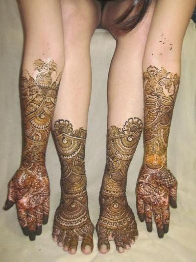 Rujal Mehndi Designers