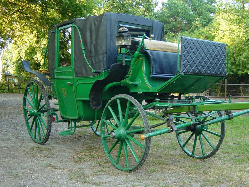 Beispiel: Das etwas andere Hochzeitsauto, Foto: Berliner Hochzeitskutschen.