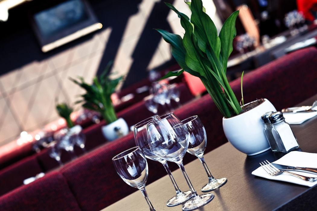 Up Side Down Café - Cannes