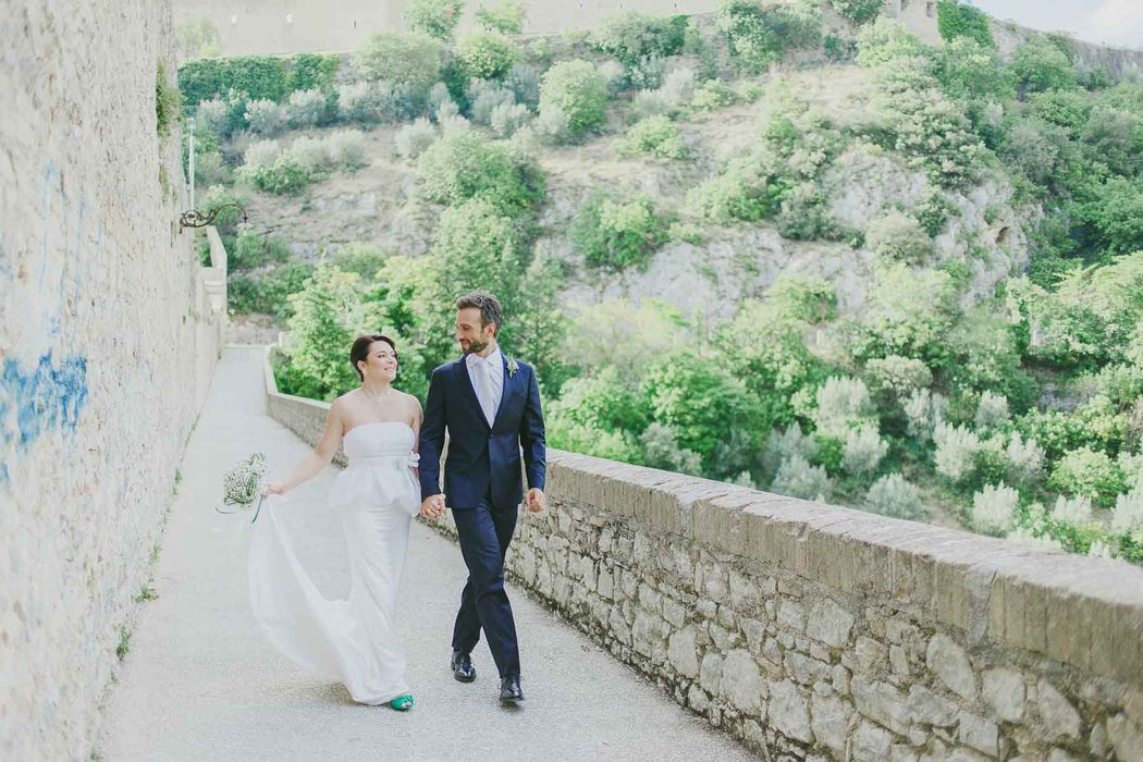 destination wedding photographer Umbria Spoleto angela angelaphoto angela.photo matrimonio Spoleto green verde coppia