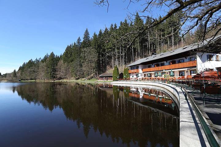 Waldhaus Deininger Weiher