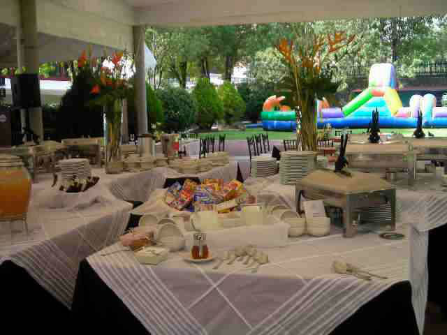 Banquetes Corte a Comer