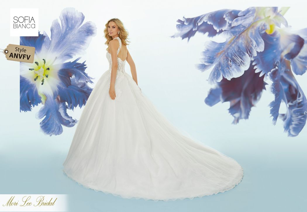Style ANVFV Stasia  Crystal beaded venice lace appliqués on chantilly lace boned, corset bodice with tulle ball gown skirt over sparkle tulle  Matching satin bodice lining incluided