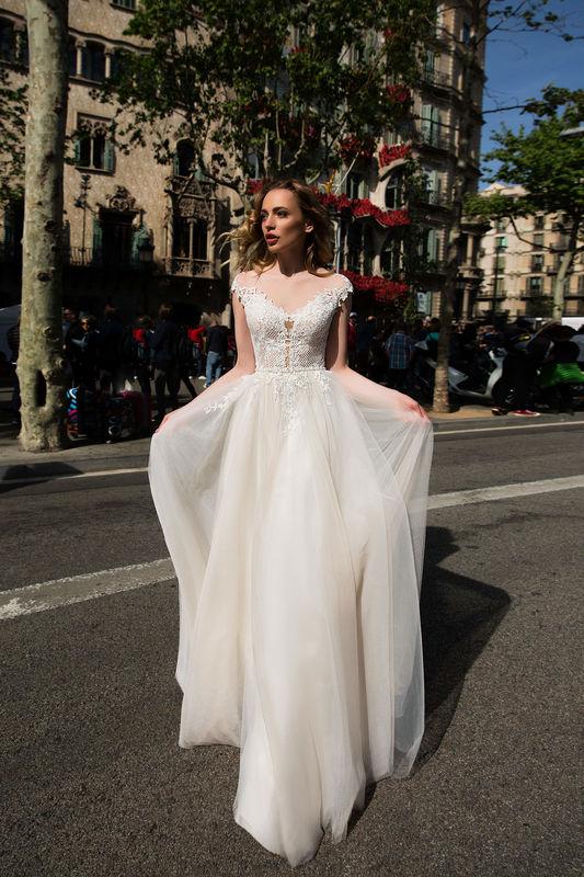 Mariées d'aujourd'hui - Robe de mariée, costumes homme