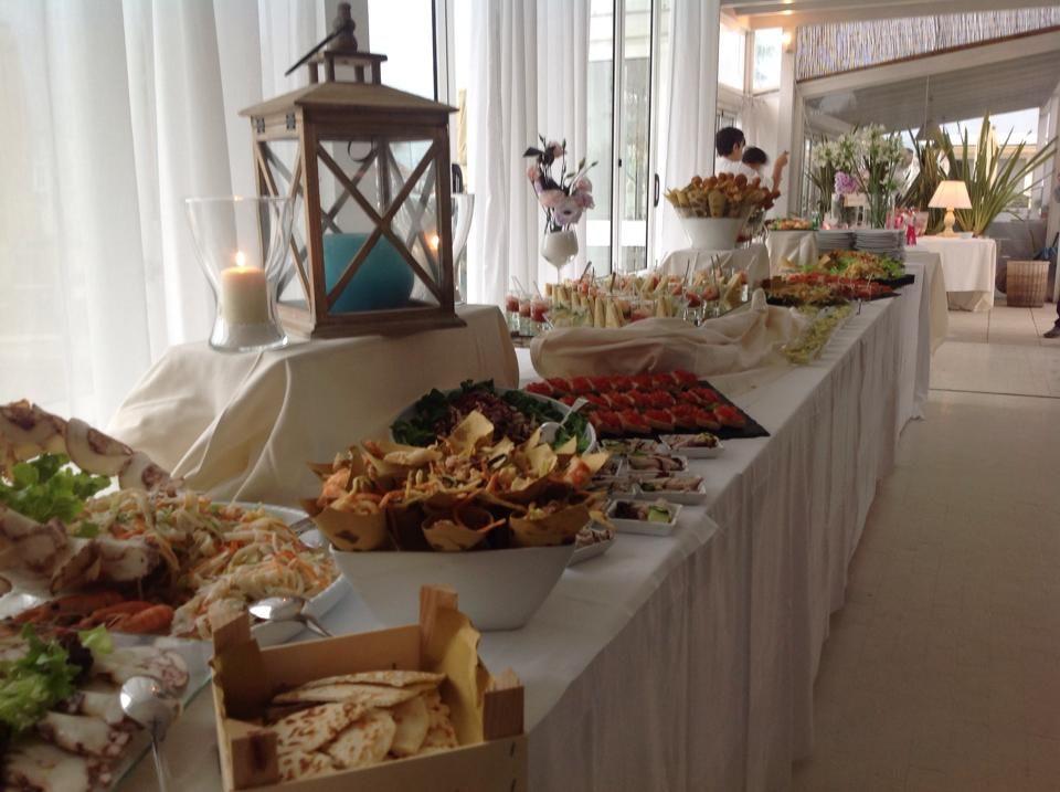 Matrimonio al mare - Fil rouge Ibiza - Tavolo buffet ricevimento