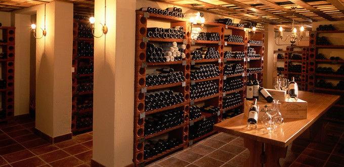Beispiel: Vinothek, Foto: Belvédère Strandhotel & Restaurant.