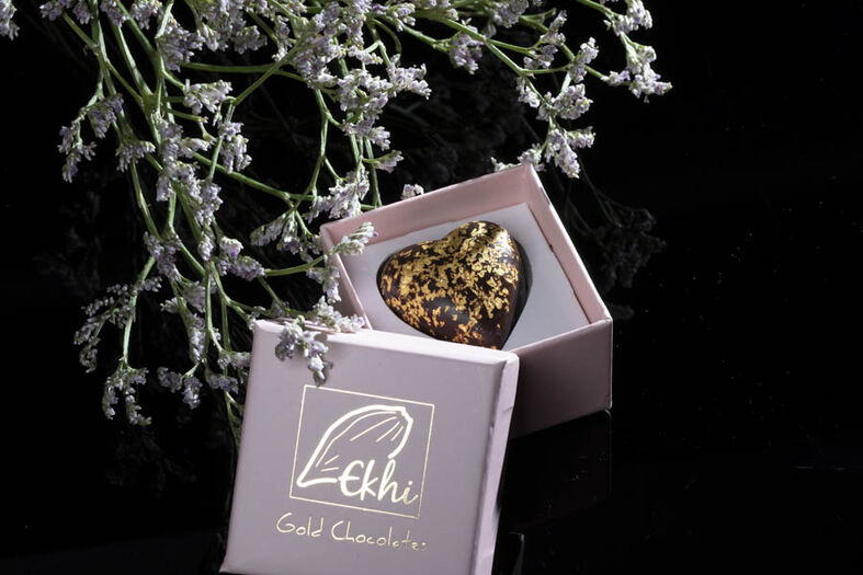 EKHI GOLD CHOCOLATES