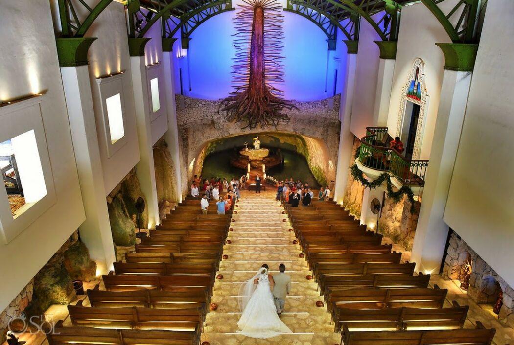 Ana Villavicencio Weddings & Events